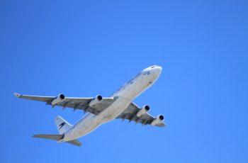 Ausgleichszahlung bei Verspätung des für einen annullierten Flug angebotenen Ersatzfluges